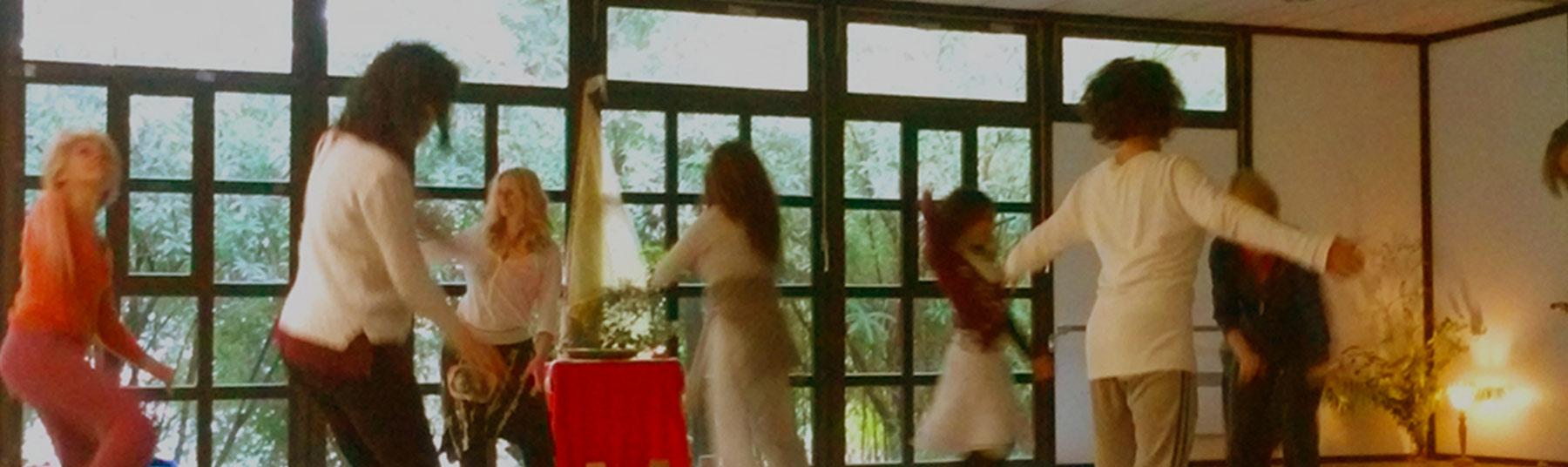 La danse médecine en France avec Anne-Ena BERNARD